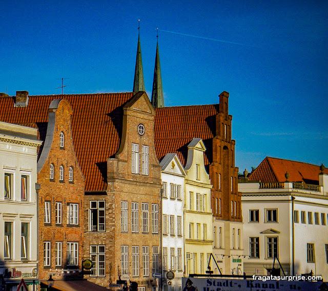 Margem do Rio Trave, Lübeck, Alemanha