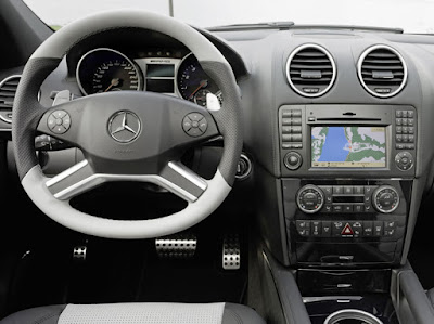 Mercedes Benz ML63 AMG 2011 interior