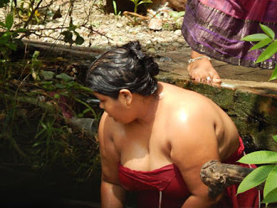 Desi Village Aunty Nude Bathing Photo
