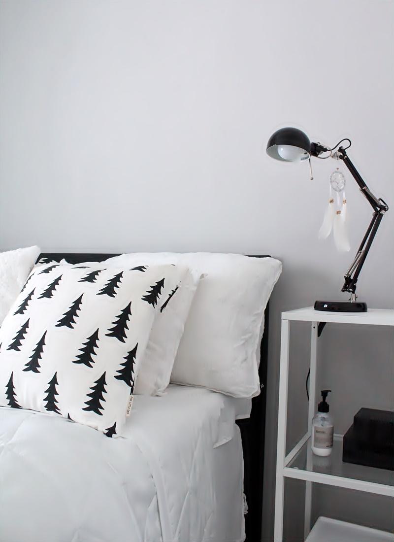 la dolce vita blogi mustavalkoinen makuuhuone