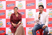 Kajol Looks super cute at the Launch of a New product McVites on 1st April 2017 19.JPG