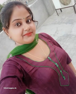 indian aunty beautiful pics images Navel Queens