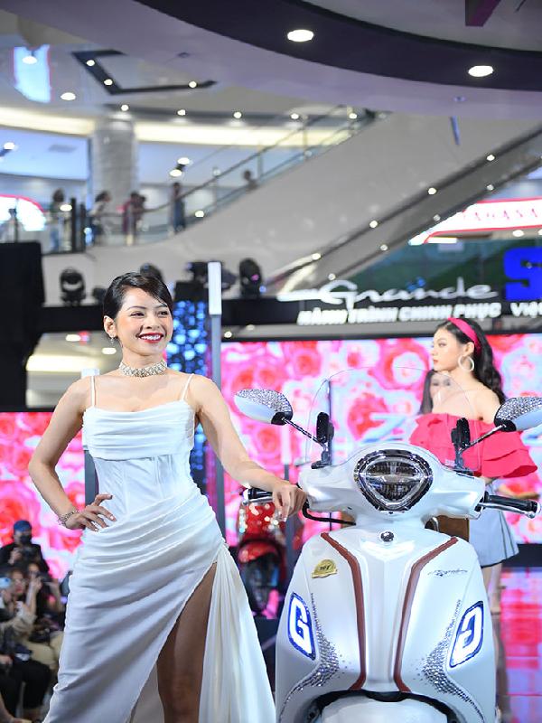 Ngắm Dàn Người Mẫu Việt Tại Sự Kiện Yamaha Grande Fashion Show