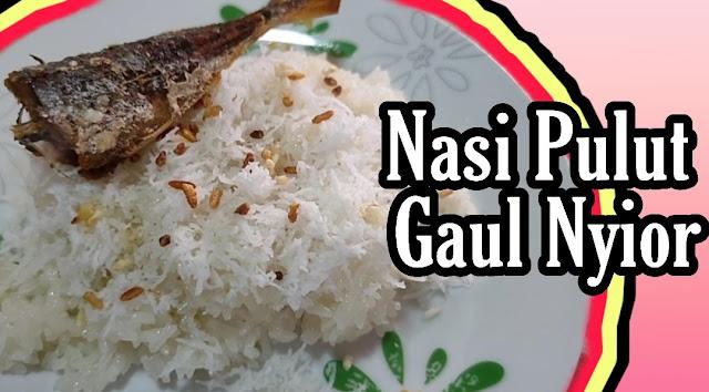 Nasi pulut gaul kelapa