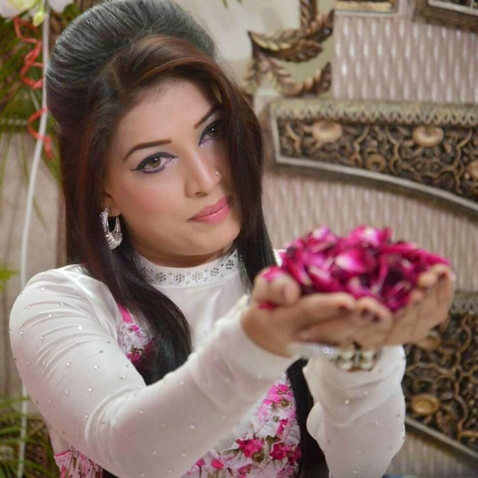 Pashto Hot Mujra Paki Girls Private Home Made Nanga Mujra-9615
