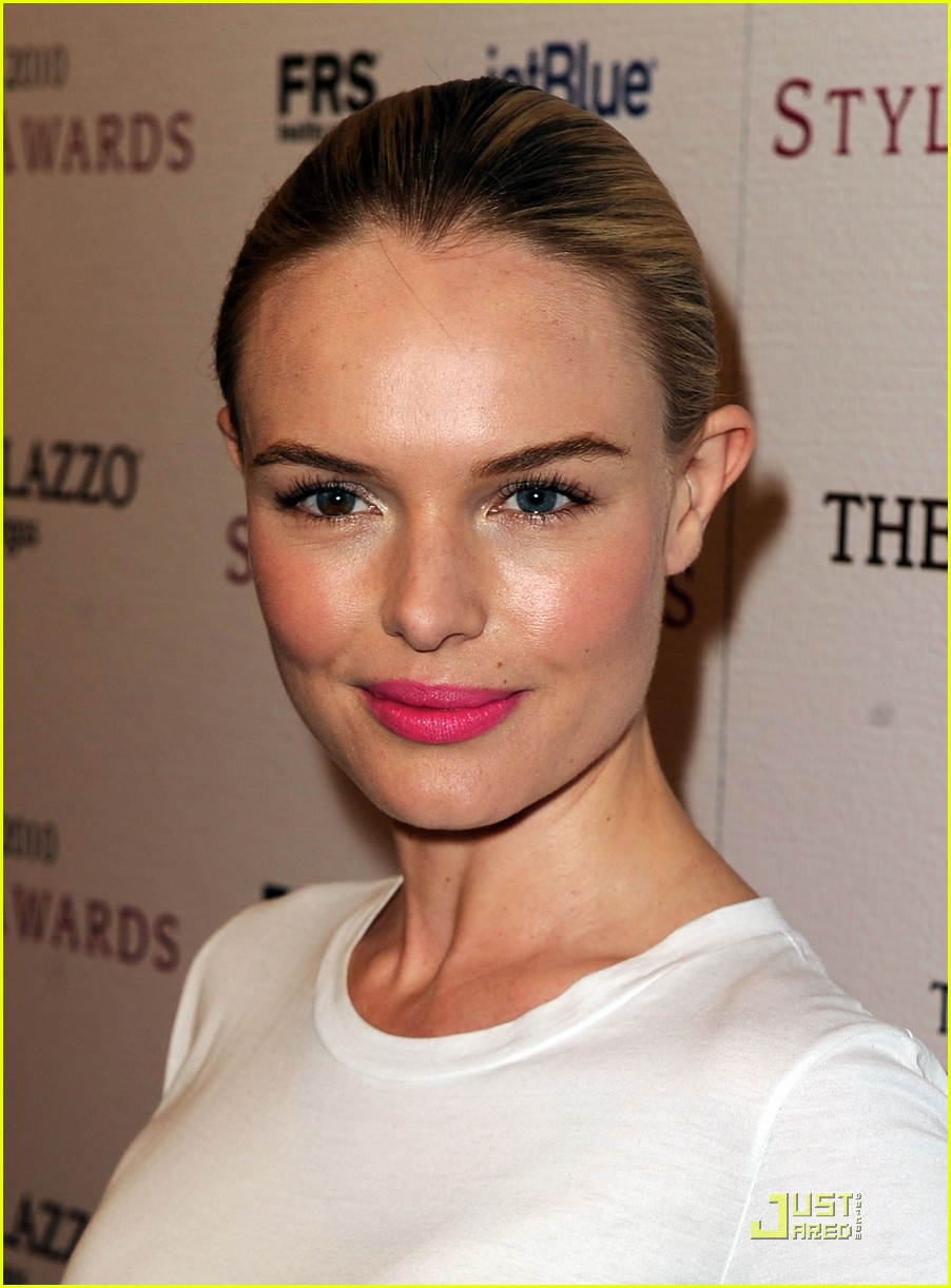 Fully Pleasing: Kate Bosworth