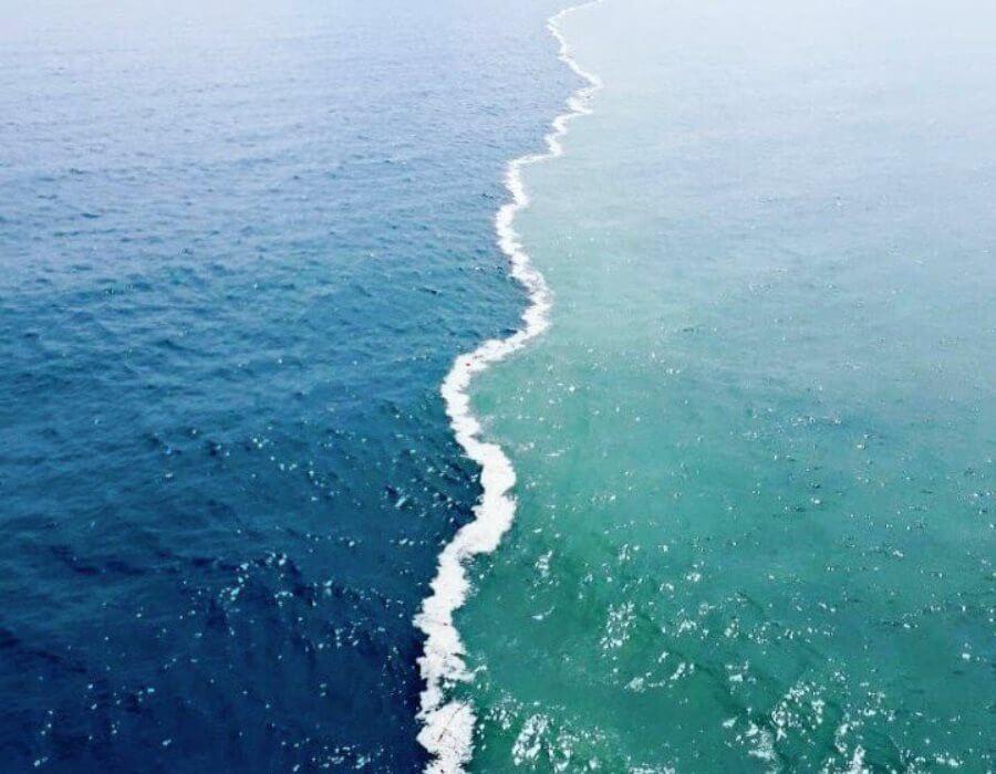 Mitos 2 lautan bertemu