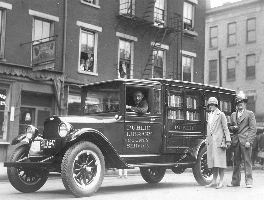 Before Amazon, We Had Bookmobiles 15+ Rare Photos Of Libraries-On-Wheels - The Library's Bookmobile