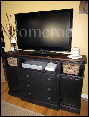 repurposing a hutch into a TV stand www.homeroad.net