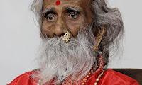 Πέθανε ο Ινδός που έλεγε πως δεν είχε φάει ή πιει τίποτα για 80 χρόνια  (βίντεο)
