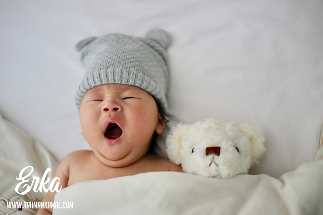Perkembangan bayi pada umur 3 bulan