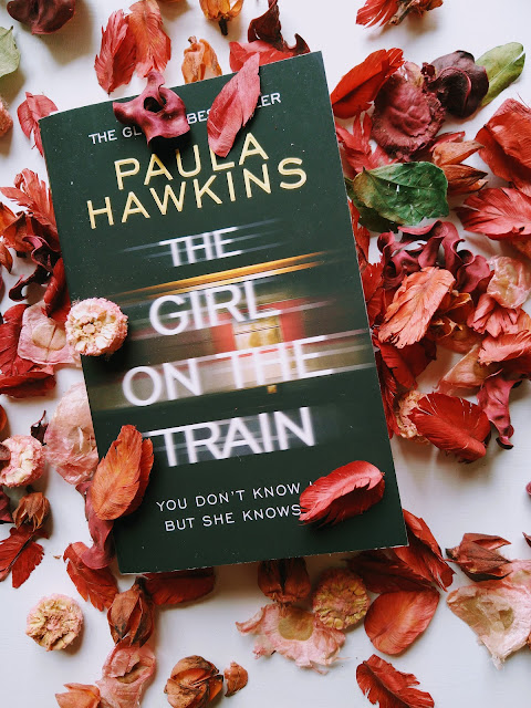 Sincerely Loree: The Girl on the Train by Paula Hawkins