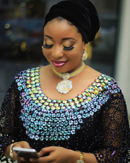 Lizzy Anjorin is gorgeous in traditional outfit