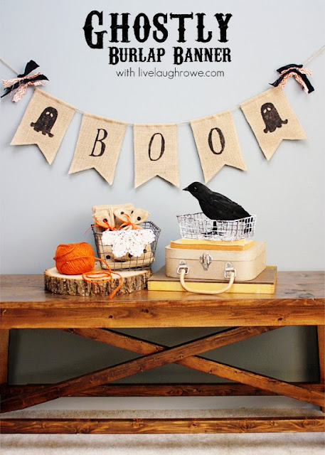 DIY Ghostly Burlap Banner | #diy #halloween #ghosts