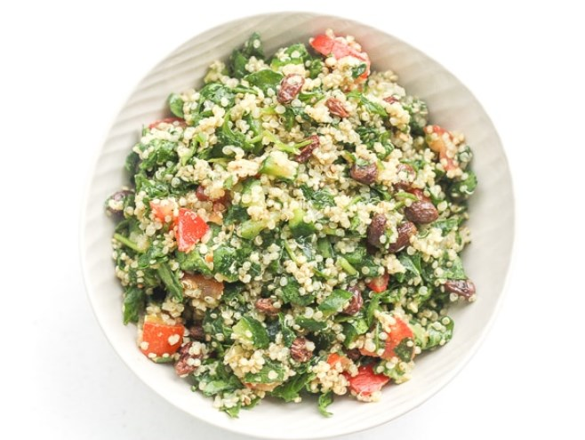 Quinoa Spinach Power Salad with Lemon Vinaigrette #salad #vegan