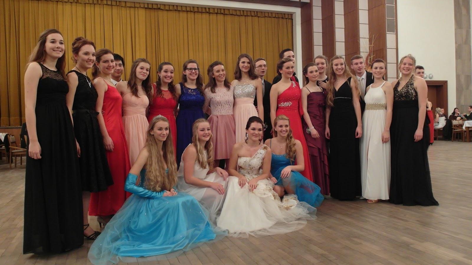 Závěrečný věneček taneční školy Jiřího Šindlera v Prostějově