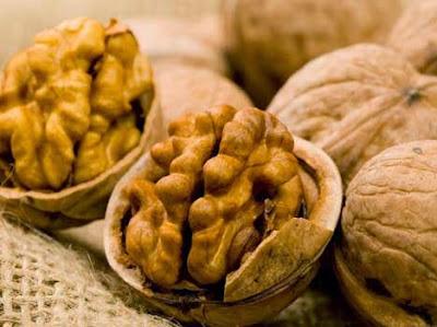 6. अखरोट (Wall nut)