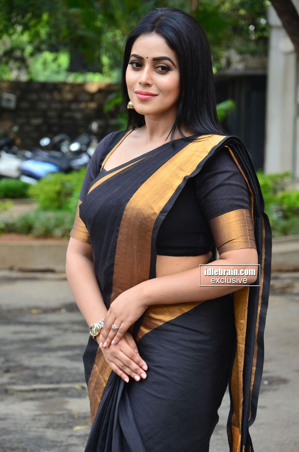 Tamil Telugu Malayalam Actress Poorna Hot Sexy Look At -4792