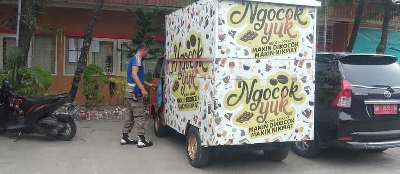 Mobil 'Ngocok Yuk' Diamankan Satpol PP Kota Padang?