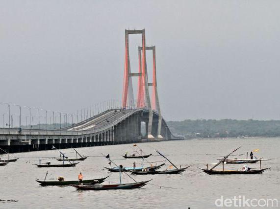 Terkuak! Ternyata Jembatan Suramadu Di Gratiskan Karena Luhut Ingin Buka Perkebunan Tebu