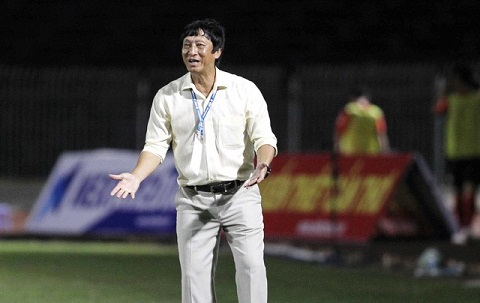 HLV Vũ Quang Bảo quay lại dẫn dắt CLB Cần Thơ
