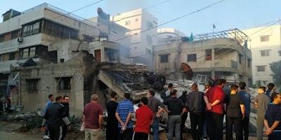 وفد وزاري برئاسة أبو عمرو يبحث في القاهرة إعادة إعمار غزة