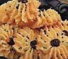 Resep praktis (mudah) kue bunga matahari spesial (istimewa) enak, legit, lezat