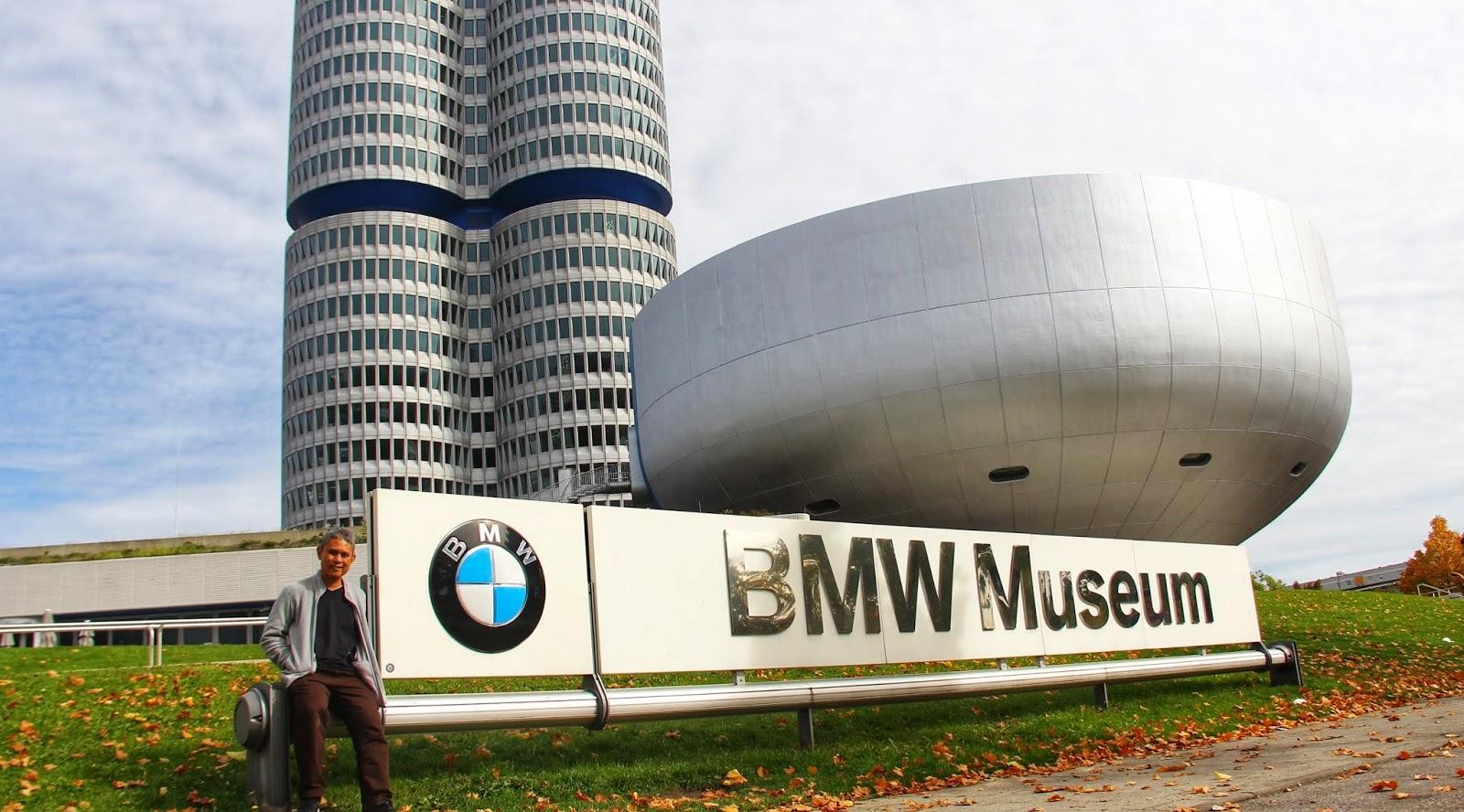 Sharulnizam di BMW Museum & Welt, Munich