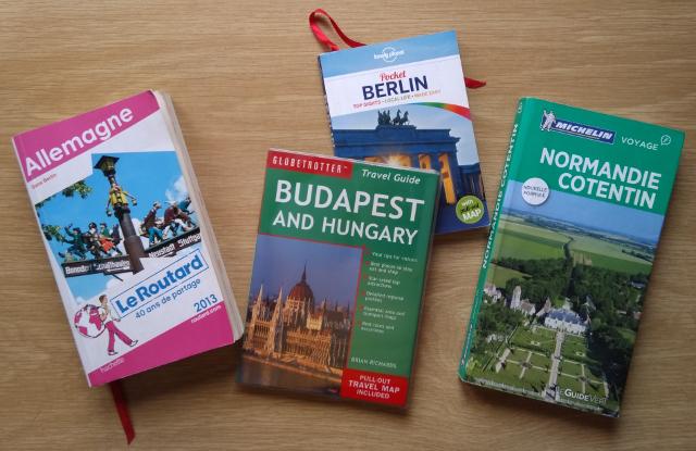 Diverses guies de viatges