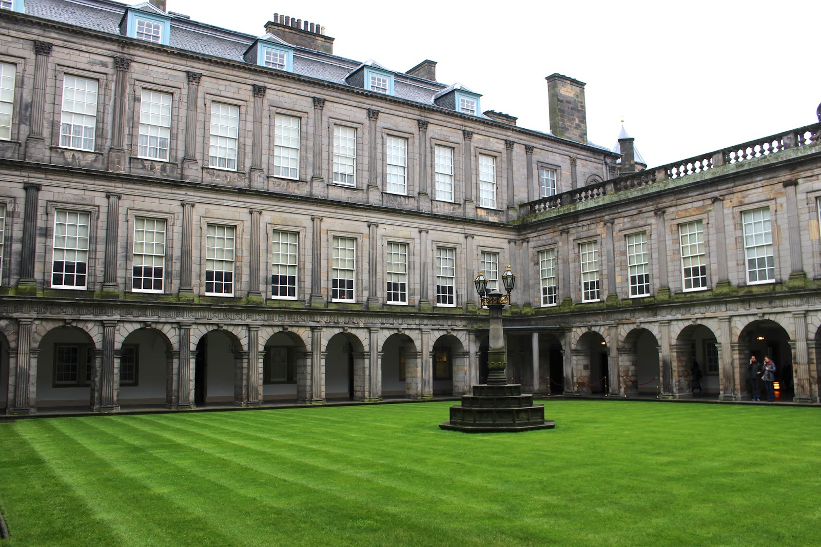 Holyrood Palace courtyard grass photography