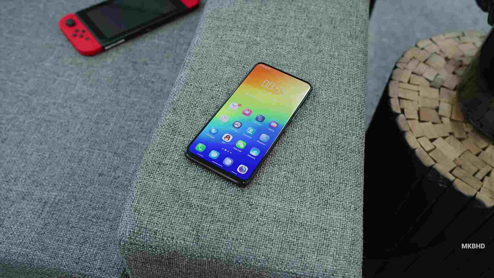 The New Complete Bezeless Vivo Nex S Smart Phone
