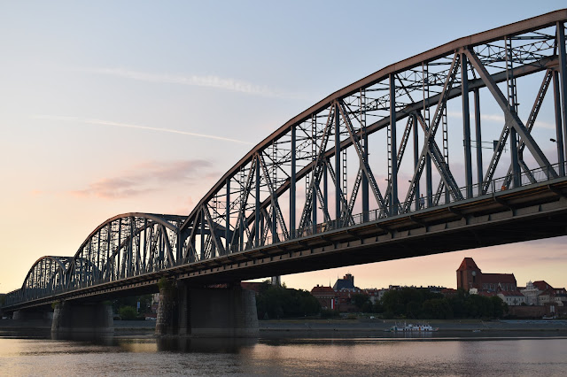 Rząd pożyczy Toruniowi most