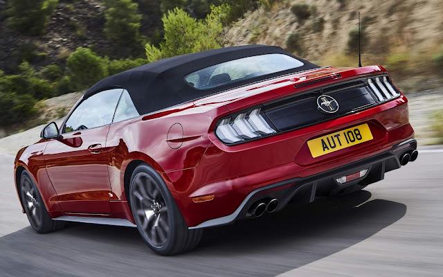 Ford Mustang comemora 55 anos com 2 edições especiais