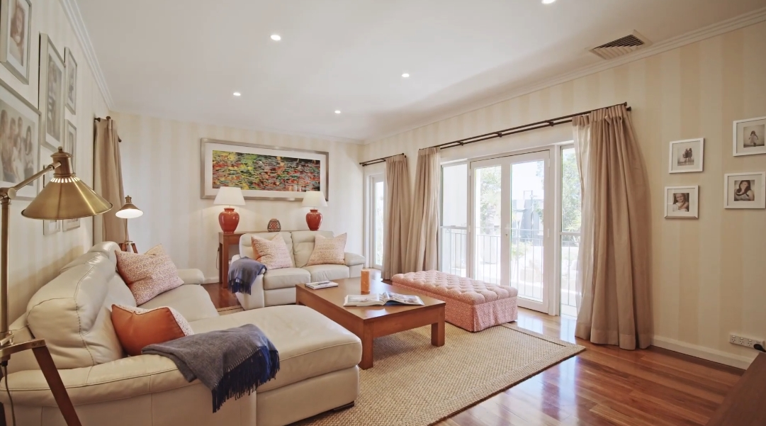 21 Interior Design Photos vs. 5 Fairweather St, Bellevue Hill Luxury Home Tour