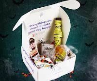 Logo Vinci gratis una Box Halloween per il tuo cane