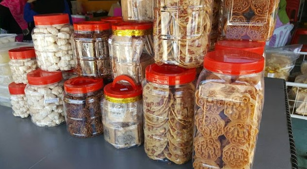 Bayangkan, kami makan nasi 9 orang dengan harga RM45 ...