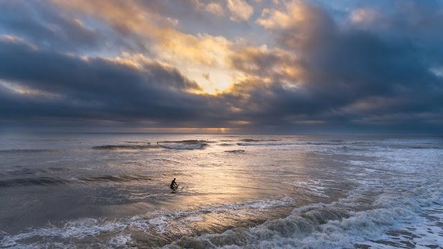 Beach, Jacksonville FL:Photo by Lance Asper on Unsplash