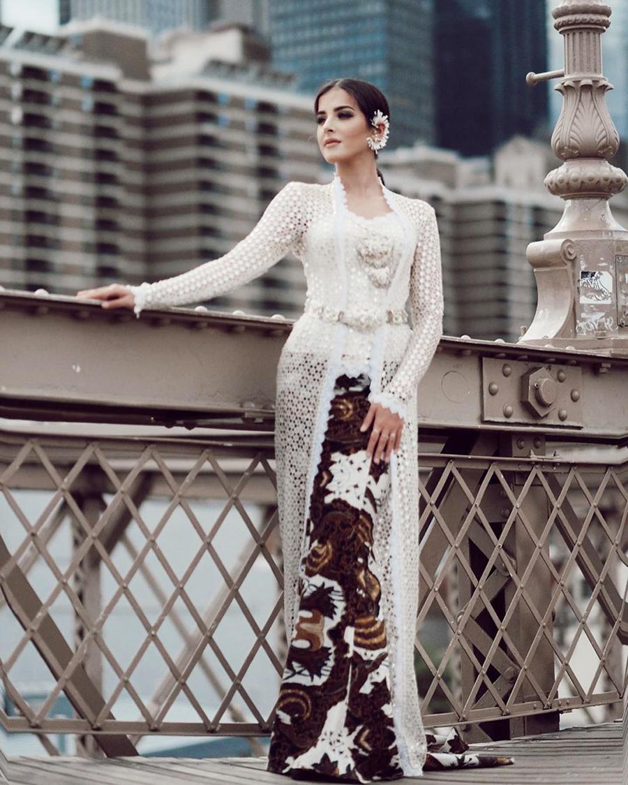 Tasya Farasya Kebaya keren dan manis Rok