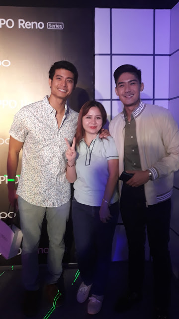 blogger with  actor Mikael Daez and host Robi Domingo.