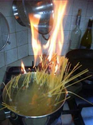Nudel kochen lustig - Angebranntes Essen