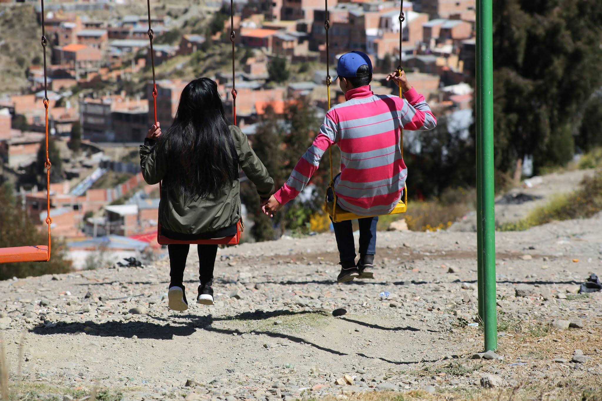 Menores de edad y adolescentes incrementan el número de embarazos en Bolivia / REFERENCIAL UNFPA