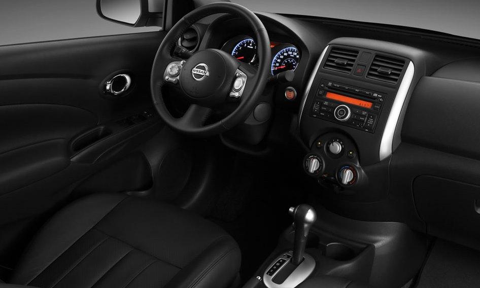 Lanzamiento Nissan Versa 2013 Autoblog Uruguay