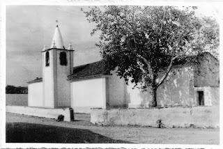CHURCH / Demolida Igreja N. Sr.ª da Graça de Póvoa e Meadas, Castelo de Vide, Portugal