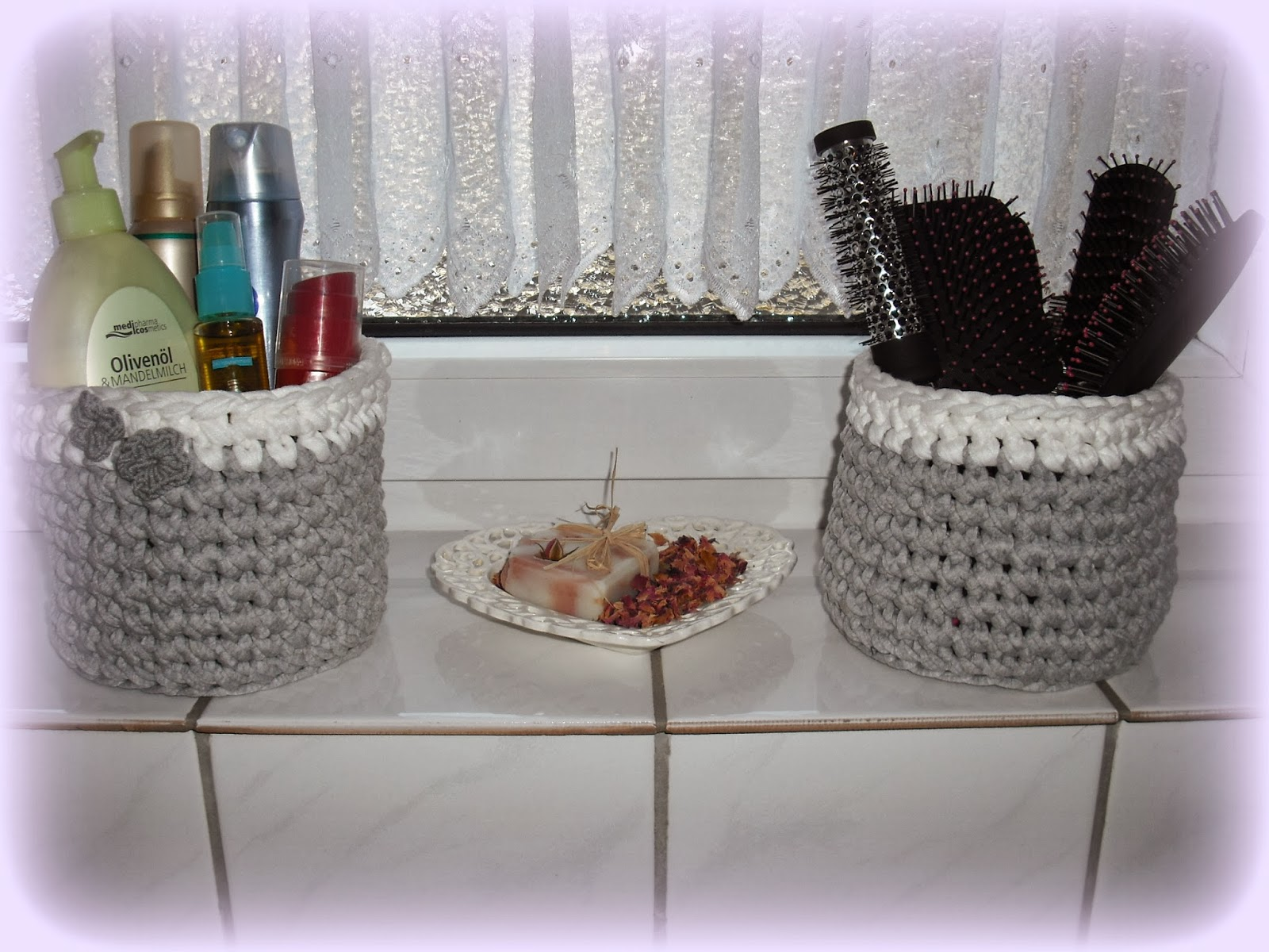 woll dekoelfe deko f r 39 s bad. Black Bedroom Furniture Sets. Home Design Ideas