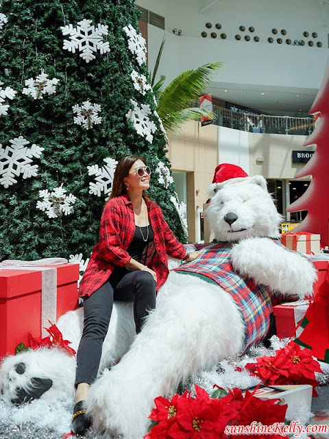 Mitsui Outlet Park KLIA Sepang, Snow Playland, Mitsui Outlet Park KLIA, Spend & Win A Car, Mitsui Outlet Park KLIA Rewards 2 Cars to Shoppers, Christmas, Happy Polar Christmas, Lifestyle