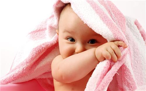 Vì sao con gái thích màu hồng?