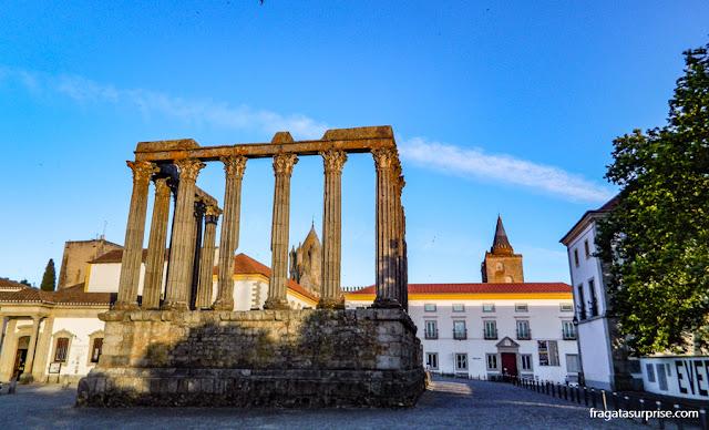 Templo Romano de Évora, Portugal