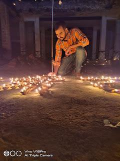 श्री राम जानकी मंदिर पर की गई पूजा अर्चना, बांटी गई मिठाईयां | #NayaSaveraNetwork