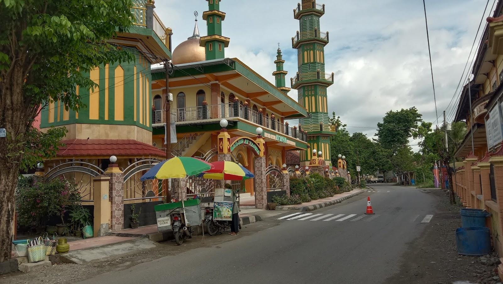Masjid Besar At Taqwa Kutowinangun