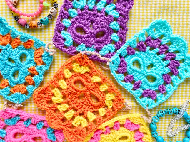 Papel Picado Skull Granny Square Garland Crochet Pattern